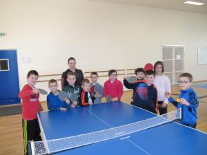 Les enfants qui ont participé au stage de tennis de table.